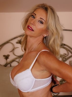 Xxx hot mom ml are not